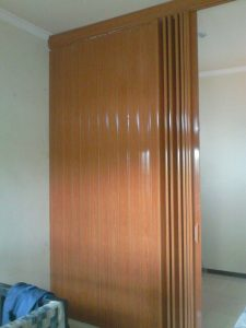 partisi geser movable wall type PVC